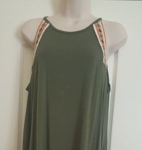 Boston Proper- Embellished Flowy Tank Medium